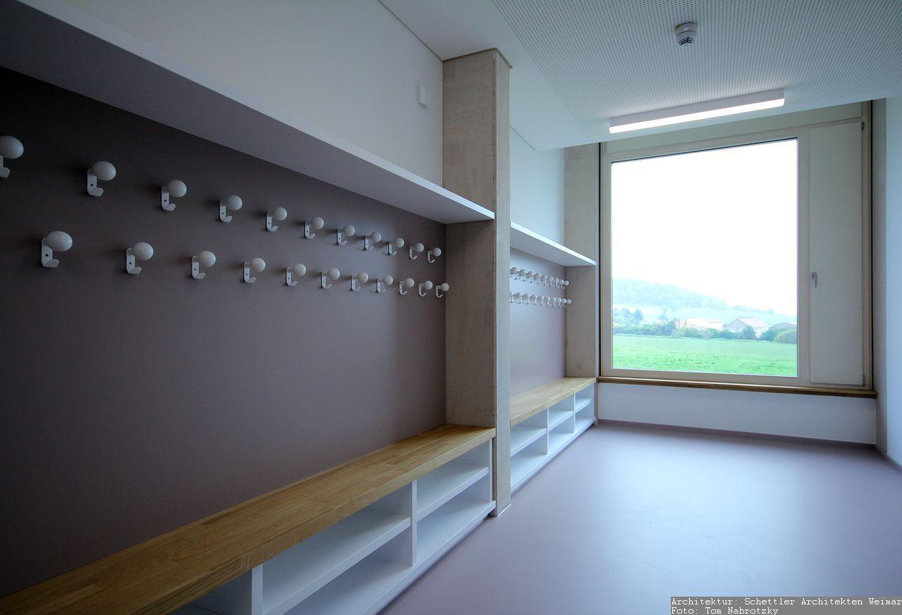 Tischlerarbeiten - Objektmöbel Garderobe aus Holz