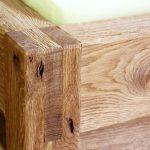 Detailansicht Holzbett, rustikal - Tischlerarbeit Holzwerkstatt Trommer