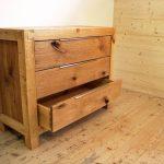 Holzkommode mit 3 Schüben, rustikal - Tischlerarbeit Holzwerkstatt Trommer